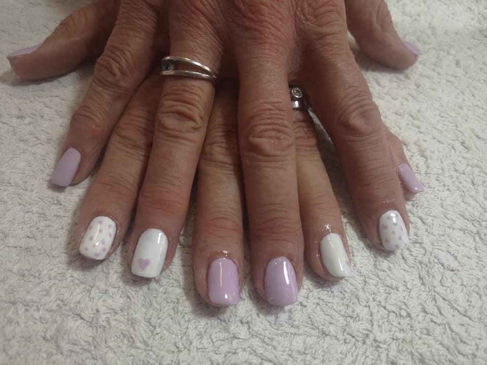 Beauty & Nails by Ronelda